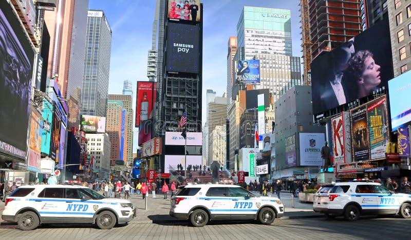 Ασφάλεια NYPD στη Times Square στοκ φωτογραφία με δικαίωμα ελεύθερης χρήσης