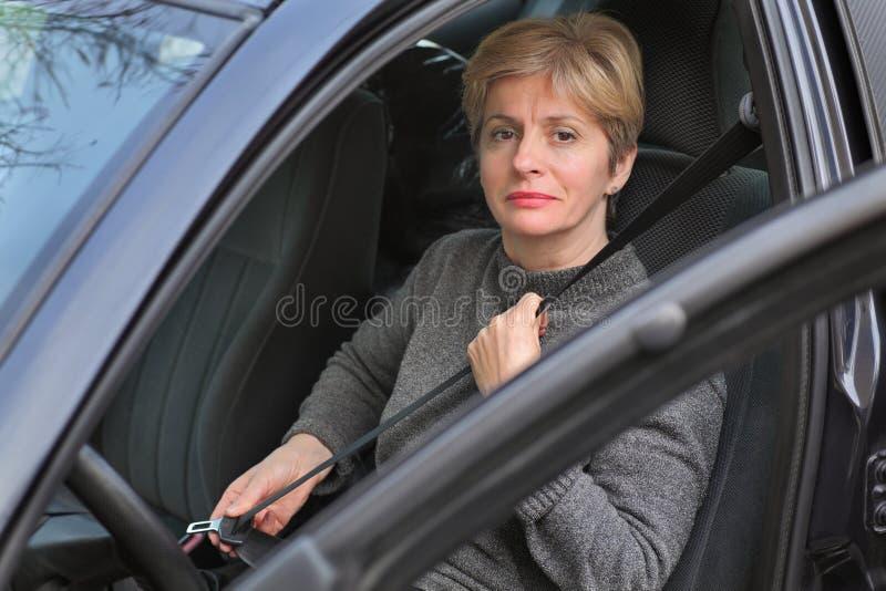 Ασφαλής οδήγηση στοκ φωτογραφίες με δικαίωμα ελεύθερης χρήσης