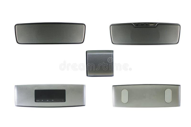 Ασύρματος ομιλητής Bluetooth που απομονώνεται στο άσπρο υπόβαθρο με το CLI στοκ εικόνες