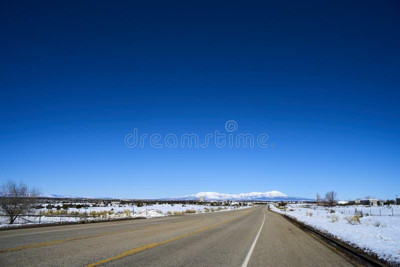Ατελείωτος δρόμος στη Γιούτα, χειμώνας στοκ φωτογραφία με δικαίωμα ελεύθερης χρήσης