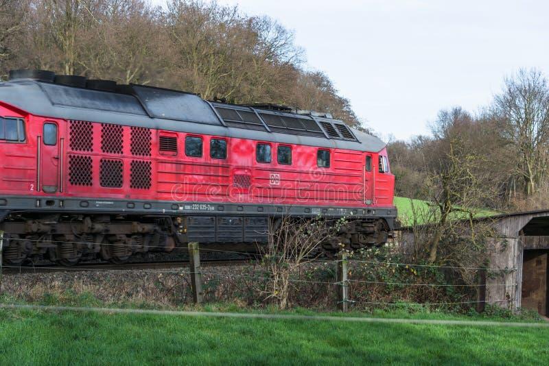 Ατμομηχανή στο σιδηρόδρομο που διασχίζει σε Ratingen στοκ φωτογραφίες