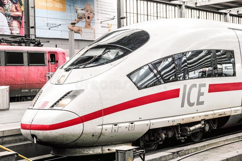 Ατμομηχανή ICE στοκ εικόνα με δικαίωμα ελεύθερης χρήσης
