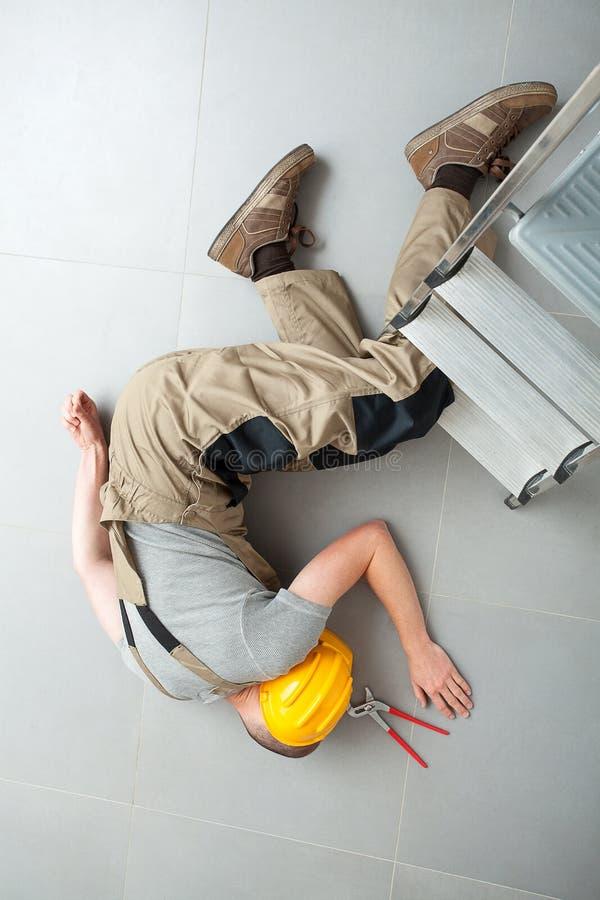 Ατύχημα την ώρα της εργασίας στοκ φωτογραφίες με δικαίωμα ελεύθερης χρήσης