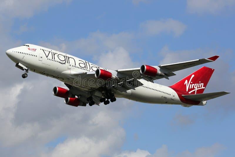 Ατλαντικός Boeing 747-400 αερολιμένας του Λονδίνου Heathrow αεροπλάνων της Virgin στοκ εικόνες με δικαίωμα ελεύθερης χρήσης