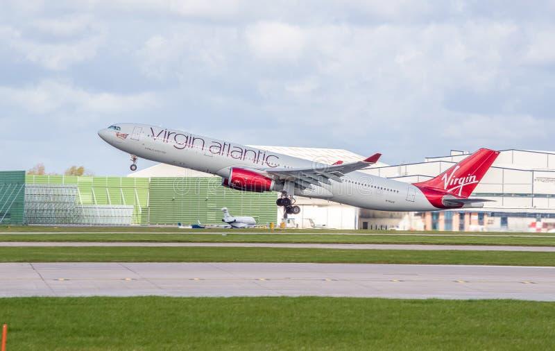 Ατλαντικό airbus της Virgin A330 που βγάλθηκε ακριβώς στοκ φωτογραφίες