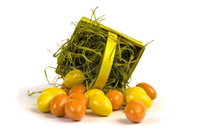 Download αυγά Πάσχας καλαθιών στοκ εικόνες. εικόνα από πορτοκάλι - 13177086