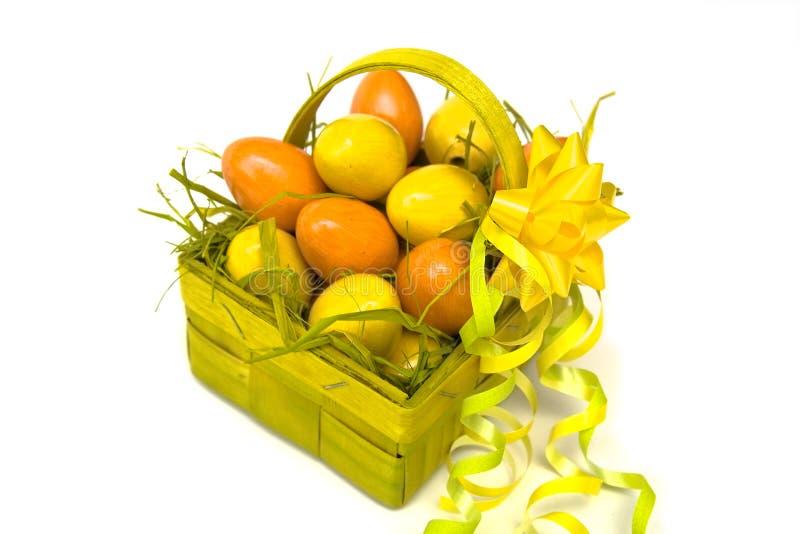 Download αυγά Πάσχας καλαθιών στοκ εικόνα. εικόνα από πορτοκάλι - 13177113