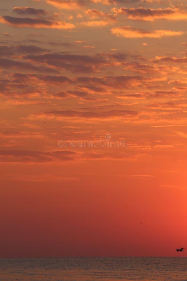 αυγή πέρα από τη θάλασσα στοκ φωτογραφία