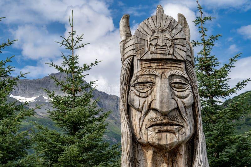 9 ΑΥΓΟΎΣΤΟΥ 2018 - VALDEZ, AK: Ίχνος του ψιθυρίζοντας τοτέμ γιγάντων στοκ εικόνες με δικαίωμα ελεύθερης χρήσης