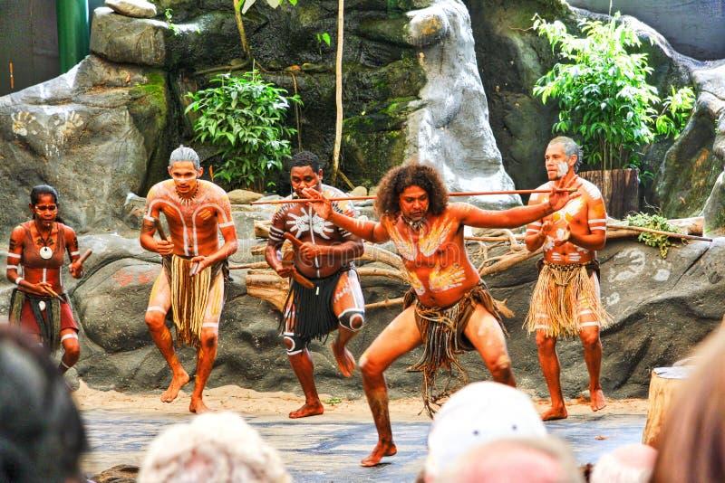 Αυστραλιανή εκτέλεση Aboriginals στοκ εικόνα με δικαίωμα ελεύθερης χρήσης
