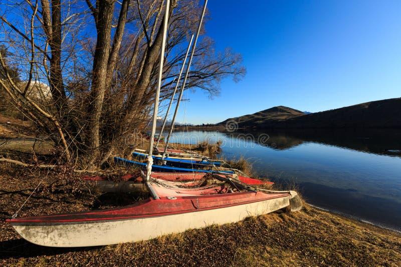 Αυτοβυθισμένη πλέοντας βάρκα στοκ εικόνα