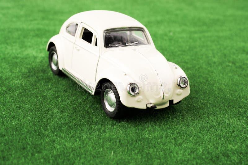 Αυτοκίνητο παιχνιδιών ως συσκευές μεταφορών στοκ φωτογραφία με δικαίωμα ελεύθερης χρήσης