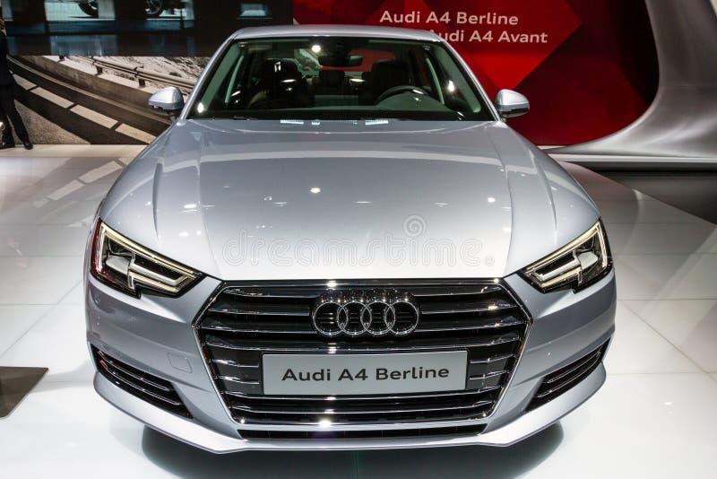 Αυτοκίνητο Berline Audi A4 στοκ εικόνες με δικαίωμα ελεύθερης χρήσης