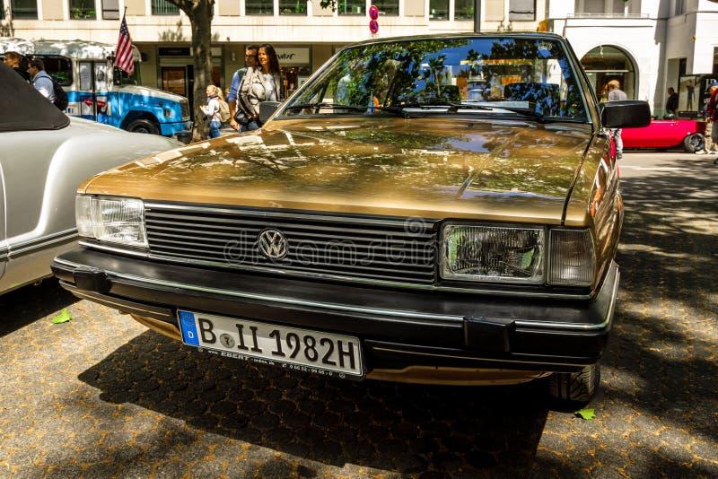 Αυτοκίνητο Volkswagen Santana, 1982 μέσος-μεγέθους στοκ φωτογραφία με δικαίωμα ελεύθερης χρήσης