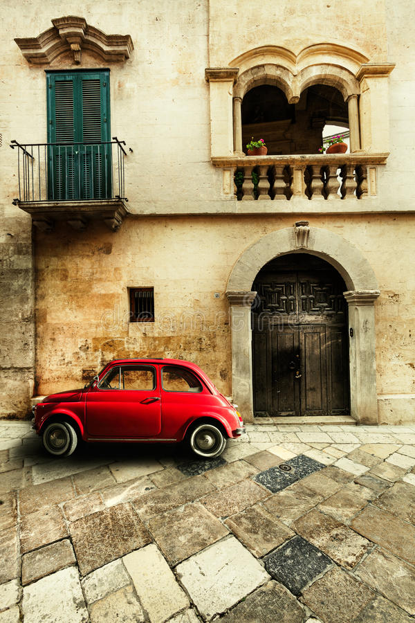 αυτοκινητικός τρύγος σεπιών αυτοκινήτων αναδρομικός Παλαιά ιταλική σκηνή στοκ φωτογραφία με δικαίωμα ελεύθερης χρήσης