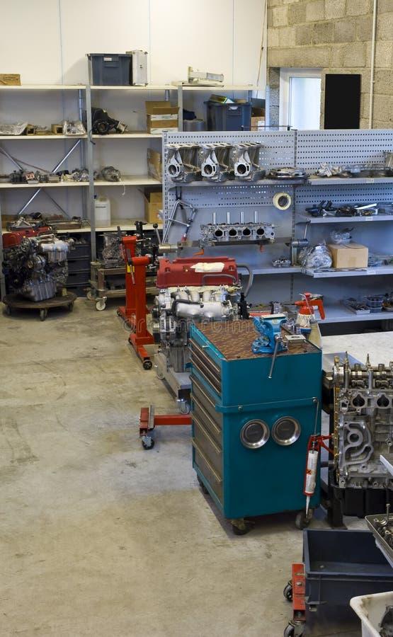 αυτοκινητικό εργαστήρι&omicr στοκ φωτογραφία με δικαίωμα ελεύθερης χρήσης