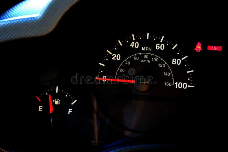 Αυτοκινητικό ταχύμετρο στοκ φωτογραφίες
