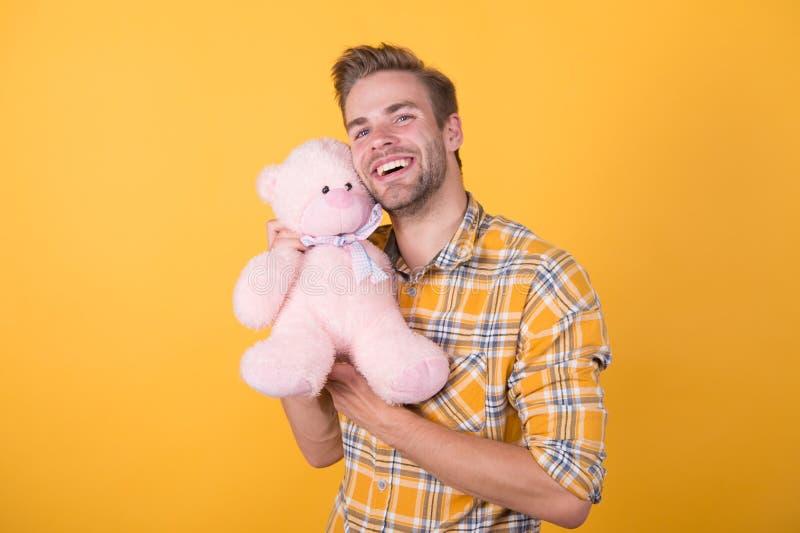 Αυτό είναι για εσάς χαρούμενα γενέθλια σε εσάς χαρούμενη ημέρα βαλεντίνων εμπνευσμένος για αναπαραγωγή αρκουδάκι παιχνίδι ευχάρισ στοκ εικόνες με δικαίωμα ελεύθερης χρήσης
