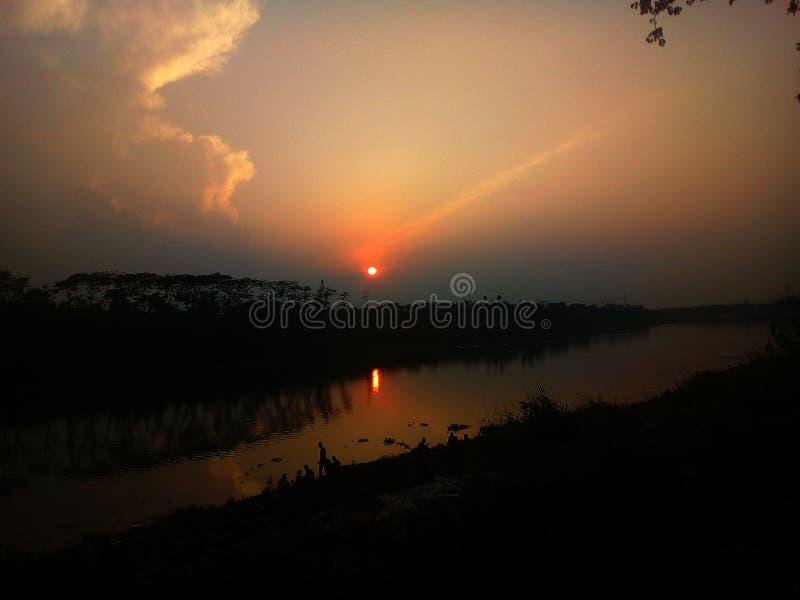 Αυτό είναι κουρασμένο ηλιοβασίλεμα forever στοκ εικόνες με δικαίωμα ελεύθερης χρήσης