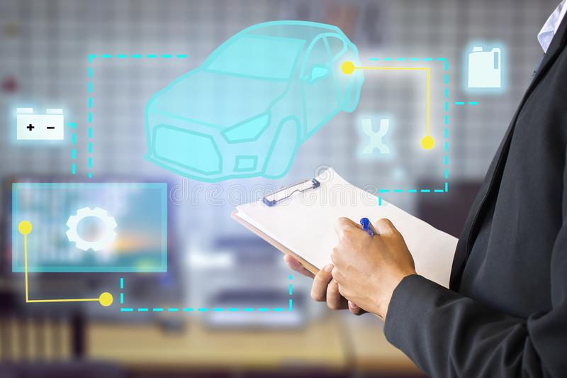 Αυτό το αυτοκίνητο επιχειρησιακού γραψίματος ατόμων insprection σταδιοδρομίας σύγχρονο εικονίδιο tec στοκ εικόνες
