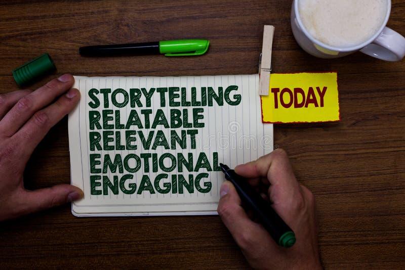 Αφήγηση κειμένων γραψίματος λέξης αφηγήσιμη σχετική συναισθηματική δέσμευση Επιχειρησιακή έννοια για το δείκτη εκμετάλλευσης ατόμ στοκ φωτογραφία με δικαίωμα ελεύθερης χρήσης