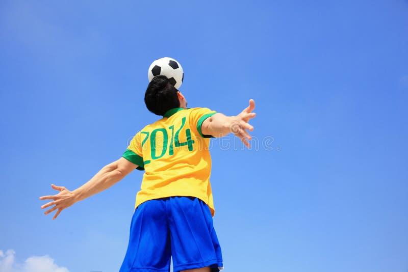 Αφήνει το ποδόσφαιρο παιχνιδιού τώρα στοκ εικόνα με δικαίωμα ελεύθερης χρήσης