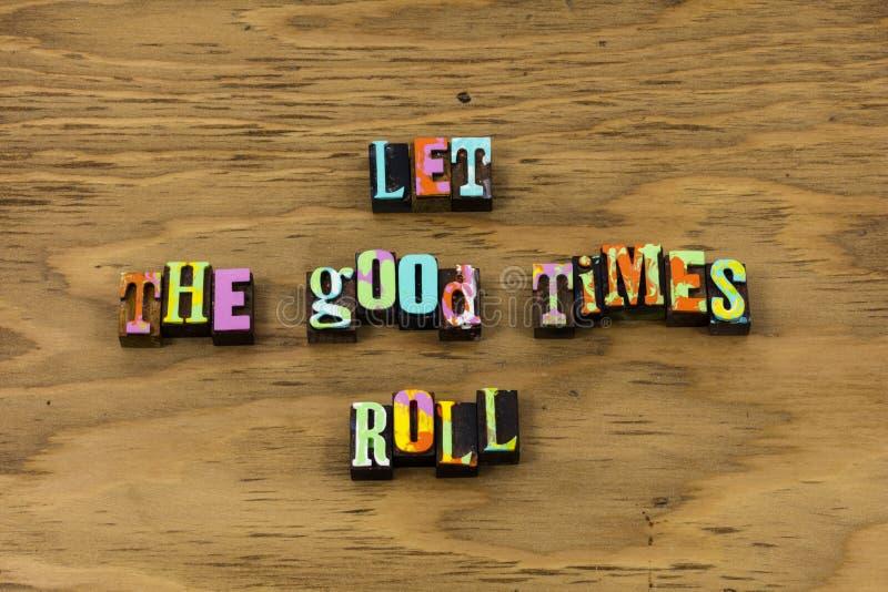 Αφήστε την περιπέτεια να αρχίσει την καλή ευτυχή ημέρα απολαμβάνει letterpress το απόσπασμα στοκ εικόνα με δικαίωμα ελεύθερης χρήσης