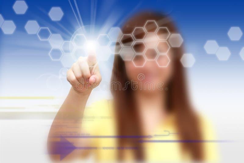 αφή οθόνης ώθησης χεριών στοκ φωτογραφία με δικαίωμα ελεύθερης χρήσης