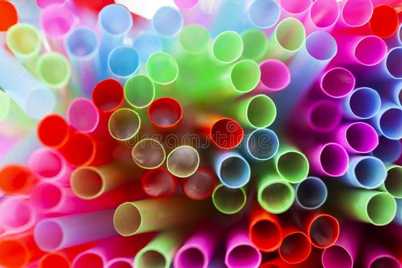 αφηρημένα ζωηρόχρωμα πλαστικά άχυρα bacground στοκ φωτογραφία με δικαίωμα ελεύθερης χρήσης