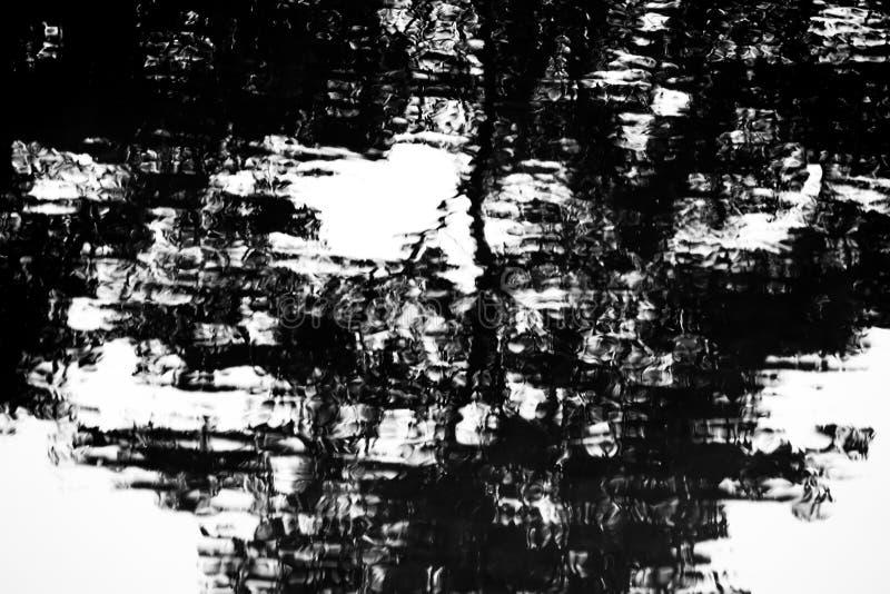 Αφηρημένη σκιά στο νερό στοκ εικόνες