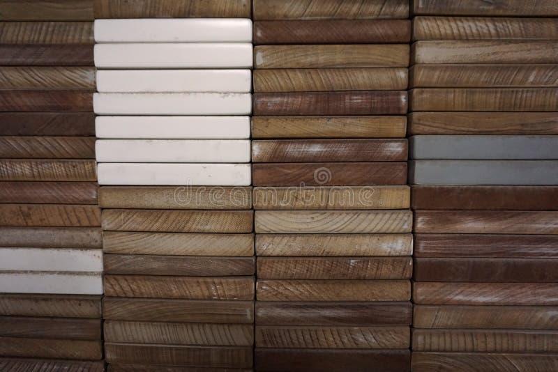 Αφηρημένη τετραγωνική ξύλινη μορφή φραγμών στοκ φωτογραφία με δικαίωμα ελεύθερης χρήσης