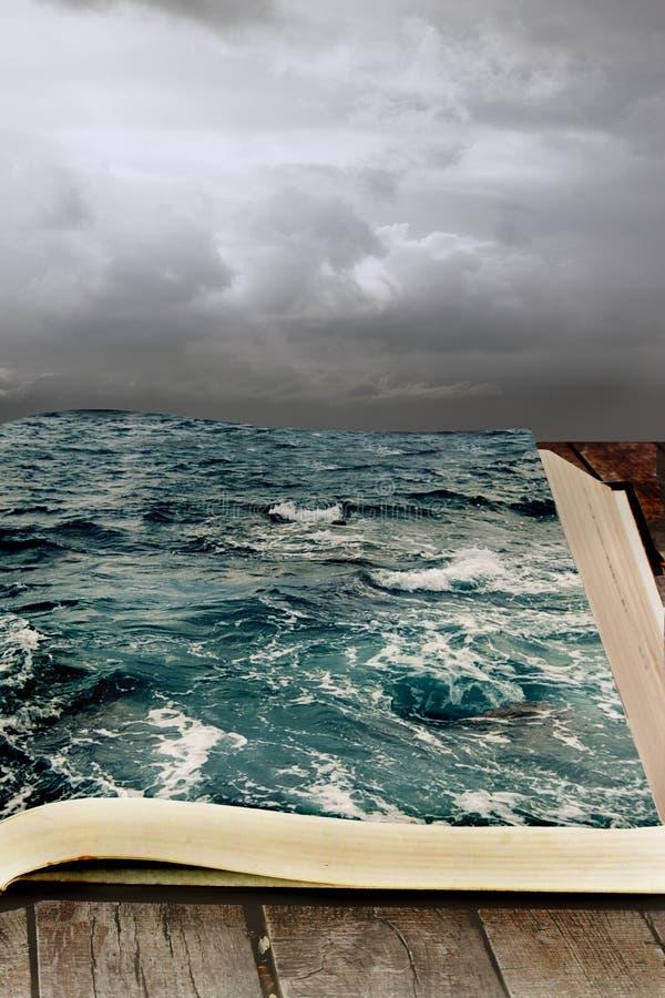 Αφηρημένη φωτογραφία Θάλασσα στο βιβλίο διανυσματική απεικόνιση