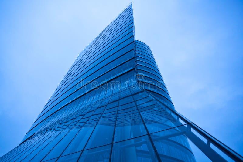 αφηρημένος σύγχρονος πύργ&om στοκ φωτογραφία με δικαίωμα ελεύθερης χρήσης