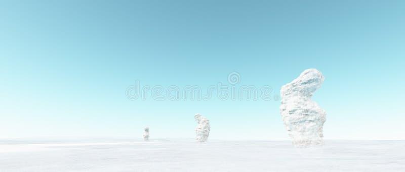 Αφηρημένο παράξενο χειμερινό τοπίο με τους άσπρους χιονώδεις βράχους και το μπλε ουρανό στοκ φωτογραφία