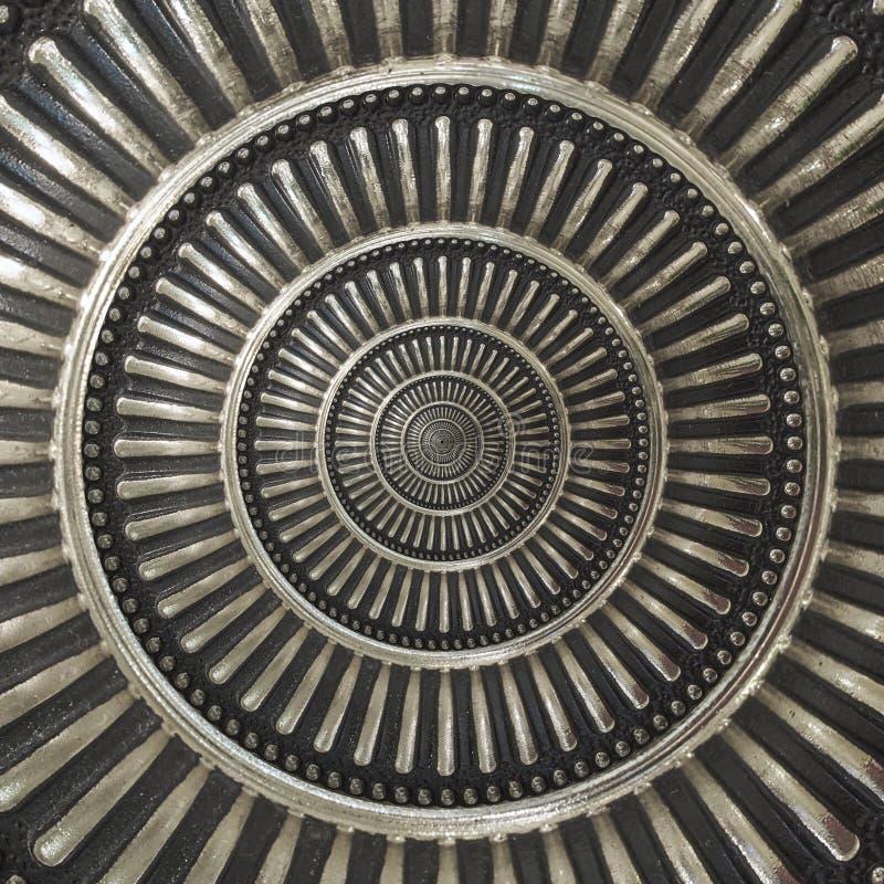 Αφηρημένο στρογγυλό στοιχείο διακοσμήσεων διακοσμήσεων σχεδίων υποβάθρου κύκλων μετάλλων Στρογγυλό μεταλλικό διακοσμητικό επαναλα στοκ εικόνες