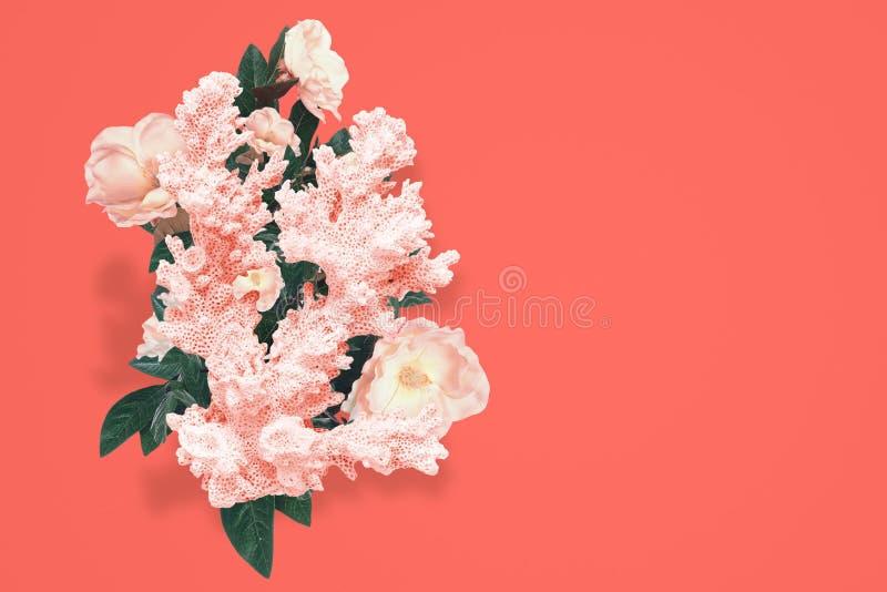 Αφηρημένο σχέδιο του κοραλλιού με το ντεκόρ λουλουδιών στοκ εικόνες
