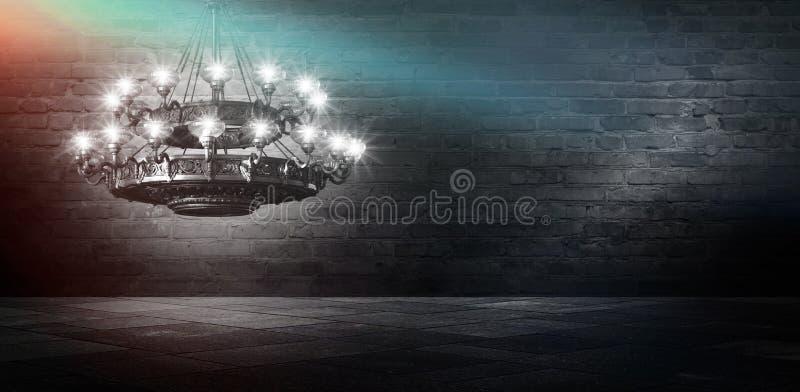 Αφηρημένο, αφηρημένο υπόβαθρο υποβάθρου, καπνός, αιθαλομίχλη Σκοτεινό δωμάτιο άποψης νύχτας, δωμάτιο, διάδρομος με πολύ φως στοκ φωτογραφία με δικαίωμα ελεύθερης χρήσης