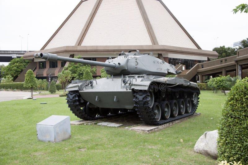 Αφοπλίστε τη δεξαμενή της ταϊλανδικής θέσης στρατού υπαίθριας στο εθνικό μνημείο για να τιμήσετε την μνήμη της επόμενης γενιάς στοκ φωτογραφία με δικαίωμα ελεύθερης χρήσης
