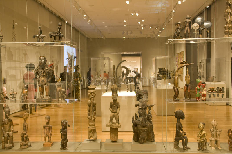 Αφρικανικά γλυπτά στο Μουσείο Τέχνης του Σιάτλ στοκ φωτογραφίες