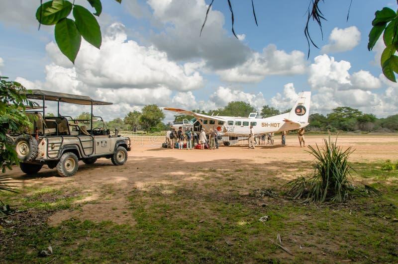 Αφρικανικά τοπία - τουρισμός στην επιφύλαξη παιχνιδιού Selous, Τανζανία στοκ φωτογραφίες