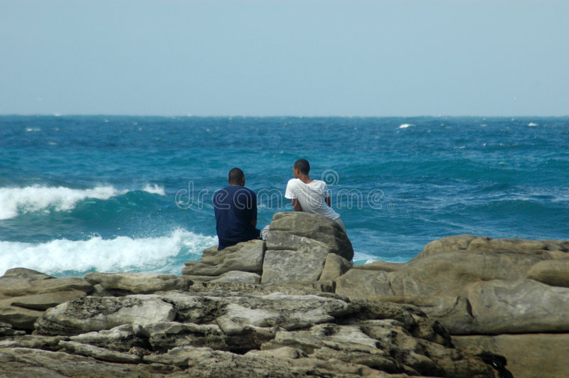 αφρικανική θάλασσα αγοριών στοκ εικόνες με δικαίωμα ελεύθερης χρήσης