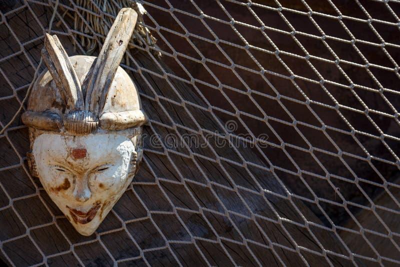 Αφρικανική μάσκα τοτέμ στοκ φωτογραφίες