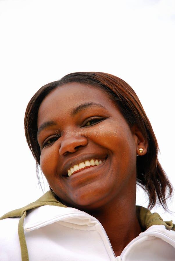 αφρικανική μαύρη ευτυχής γυναίκα στοκ εικόνα με δικαίωμα ελεύθερης χρήσης