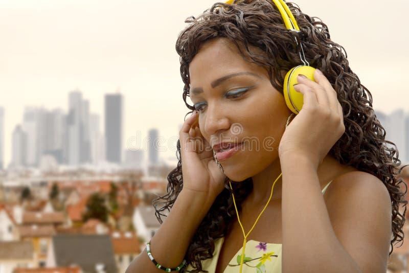αφρικανική μουσική ακού&sigm στοκ φωτογραφία