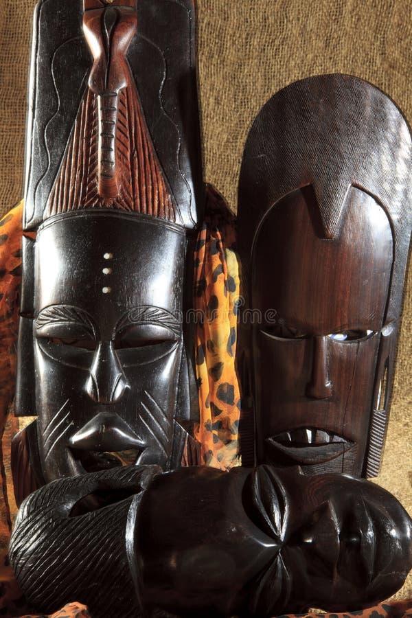 Αφρικανική τέχνη και γλυπτά φιαγμένες από ebony ξύλινη γλυπτική στοκ φωτογραφίες με δικαίωμα ελεύθερης χρήσης