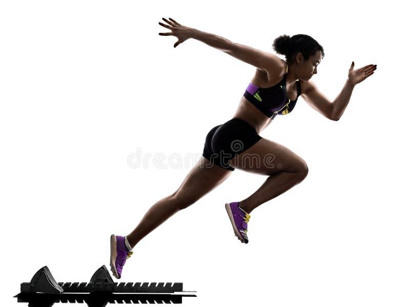 Αφρικανικός δρομέας που τρέχει sprinter τρέχοντας γρήγορα απομονωμένο το γυναίκα άσπρο β στοκ εικόνες