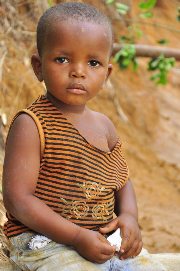 αφρικανικό αγόρι λίγο μόνο &p στοκ φωτογραφίες με δικαίωμα ελεύθερης χρήσης