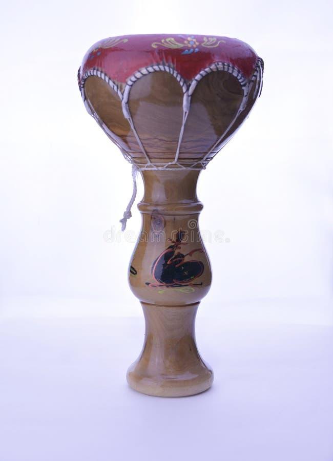Αφρικανικό djembe τυμπάνων μπαμπού που απομονώνεται στο άσπρο υπόβαθρο στοκ φωτογραφίες