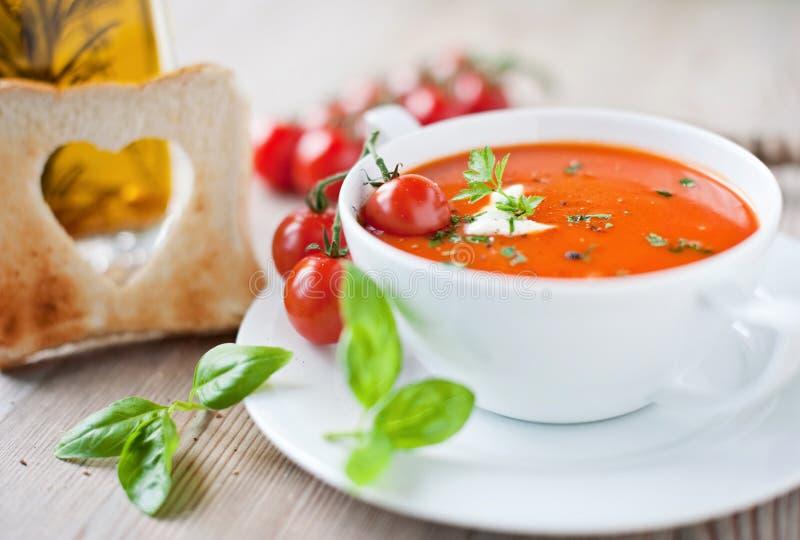 λαχανικό ντοματών σούπας κύπελλων στοκ εικόνες