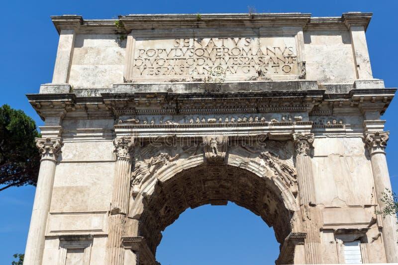 Αψίδα του Titus στο ρωμαϊκό φόρουμ στην πόλη της Ρώμης, Ιταλία στοκ εικόνα με δικαίωμα ελεύθερης χρήσης